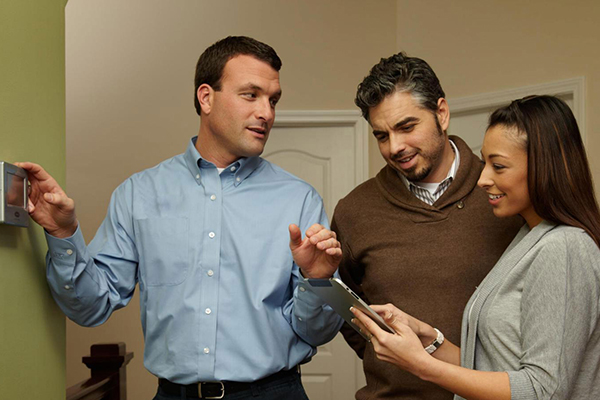 HVAC Contractor Helping Homeowners