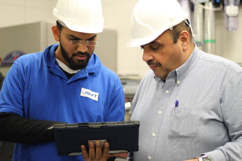 Saudi Arabia Aeroseal Project - Techs Using Computerized Duct Sealing